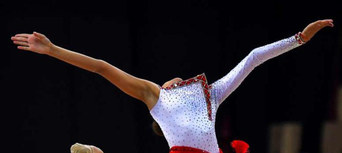 Rusa Dina Averina logra segundo título mundial seguido
