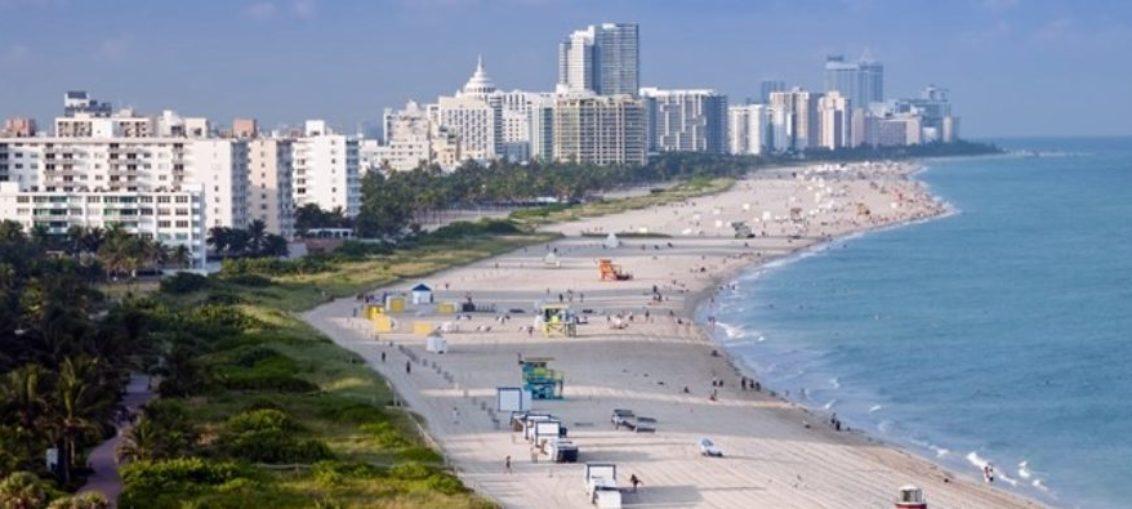 Cierrn playa en Miami por alerta de bacterias fecales