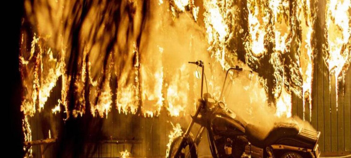 Violentos incendios que asolan California dejan 23 muertos