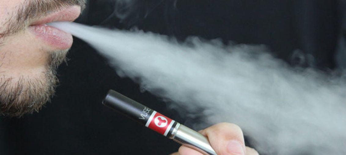 Vapor del cigarrillo electrónico inflama el pulmón