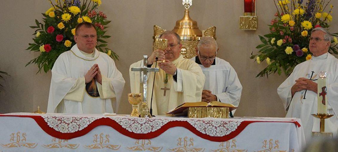 Sacerdote devuelve dinero que robó de iglesia en Miami