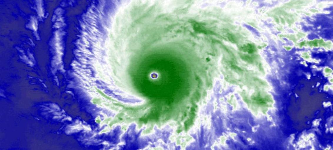 Pánico en Hawái por el huracán Lane