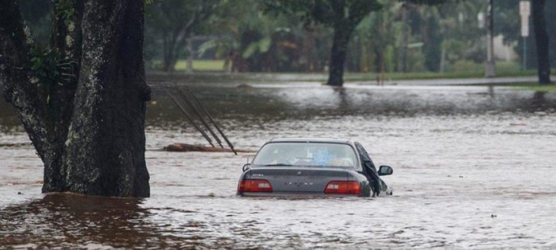 Tormenta Lane inunda a Hawái