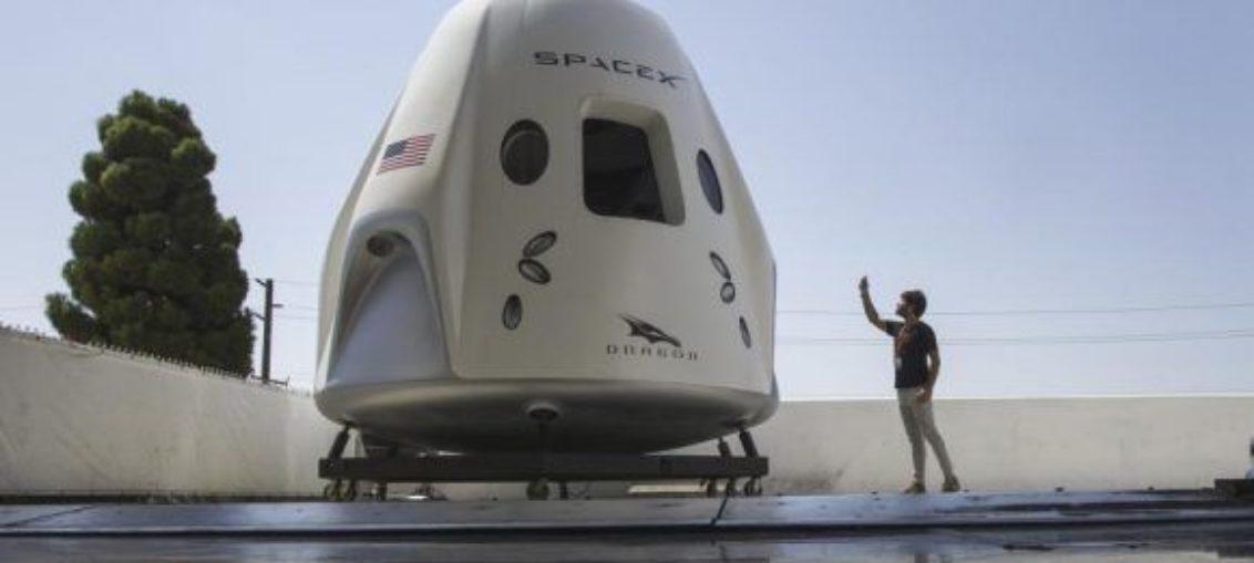 SpaceX prevé viaje tripulado a Estación Espacial en 2019
