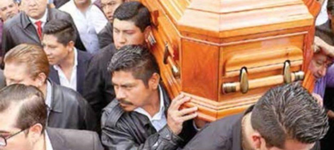 Asesinan a más de 14 políticos mexicanos cada mes