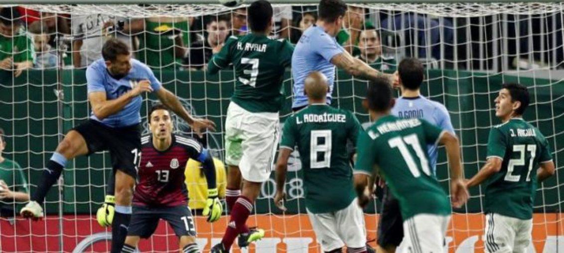 Doblete y asistencia de Suárez en goleada a Uruguay