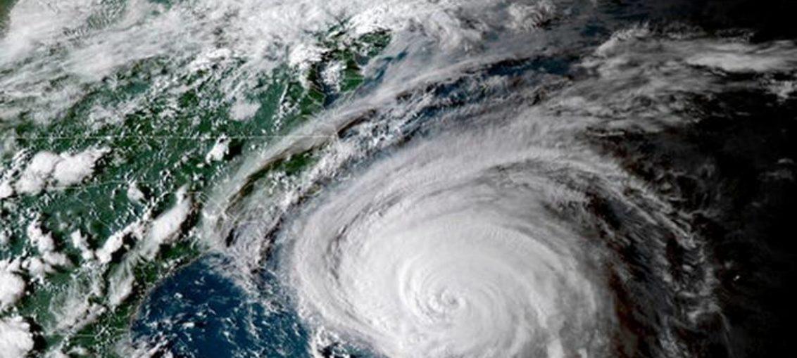 Huracán Florence se acerca al este de EE.UU.
