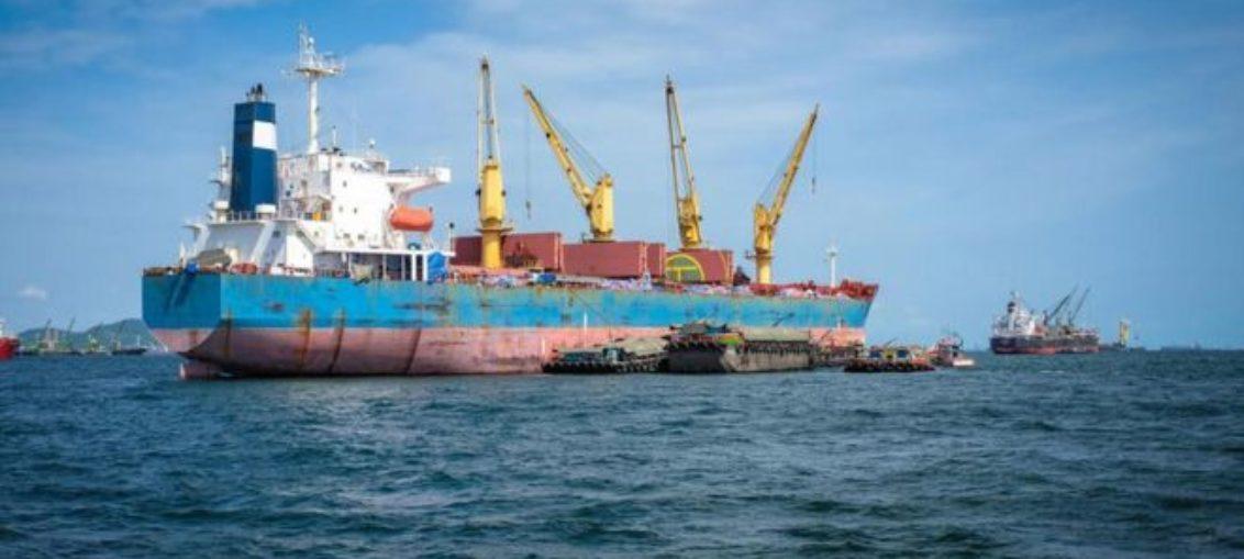 Reacción química hace naufragar 10 barcos por año
