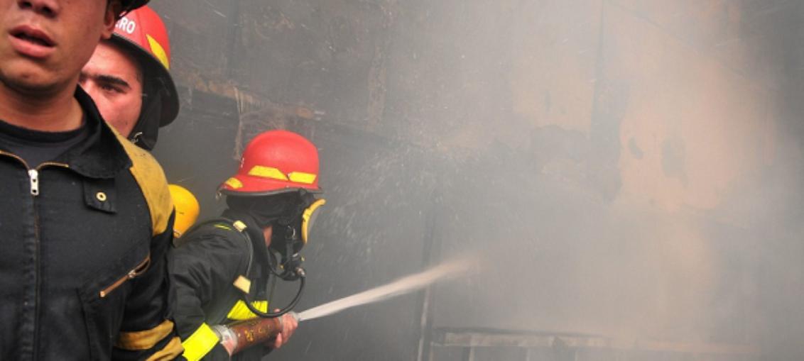 Sofocan incendio en Santiago de Cuba