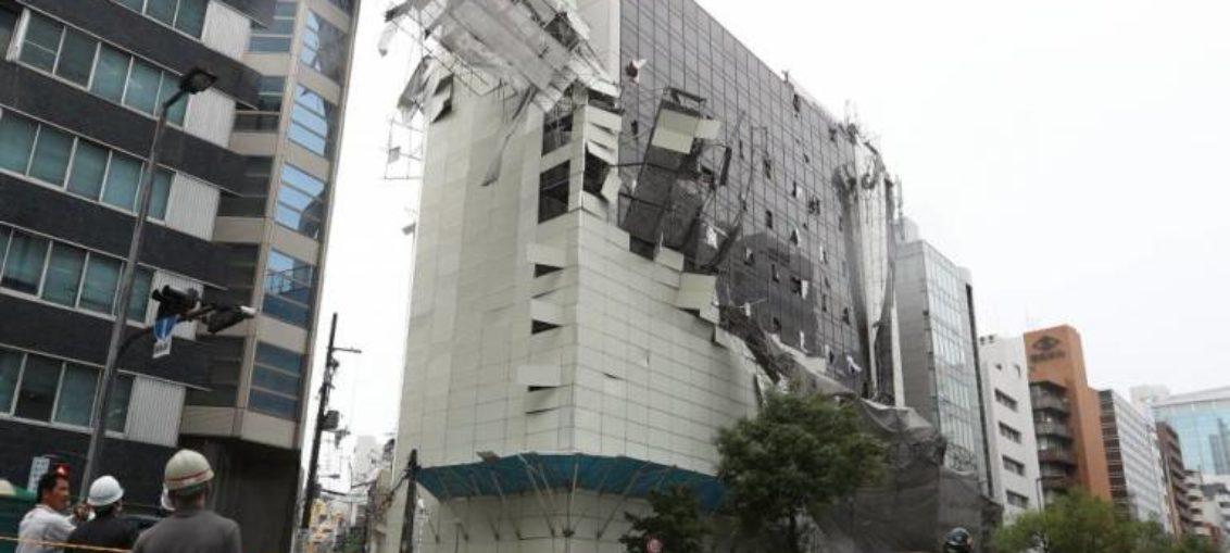 Un tifón causa 10 muertos en Japón