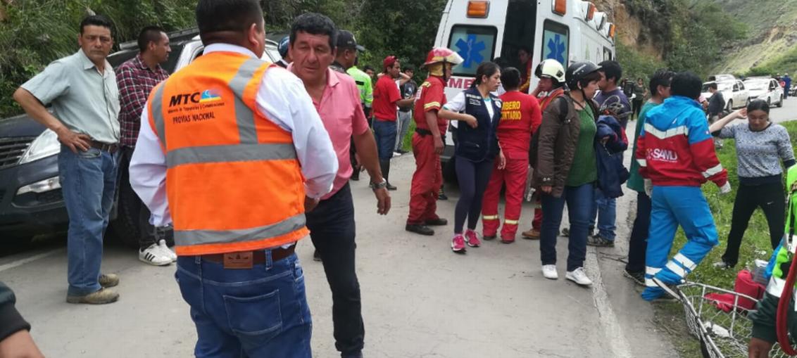 Mueren seis niños futbolistas en accidente en Perú