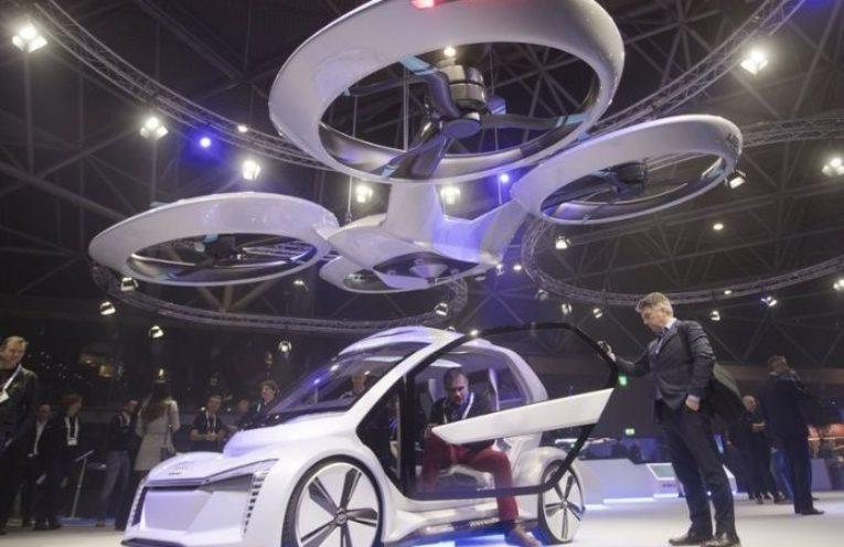 Presentan primer dron que se convierte en automóvil