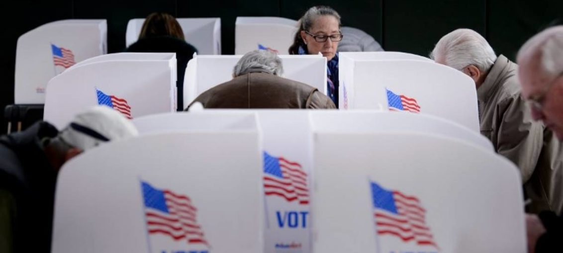 Ventaja demócrata, víspera de intermedias en EE.UU.