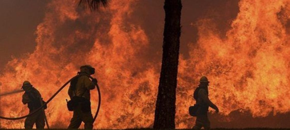 Logran controlar incendios en California
